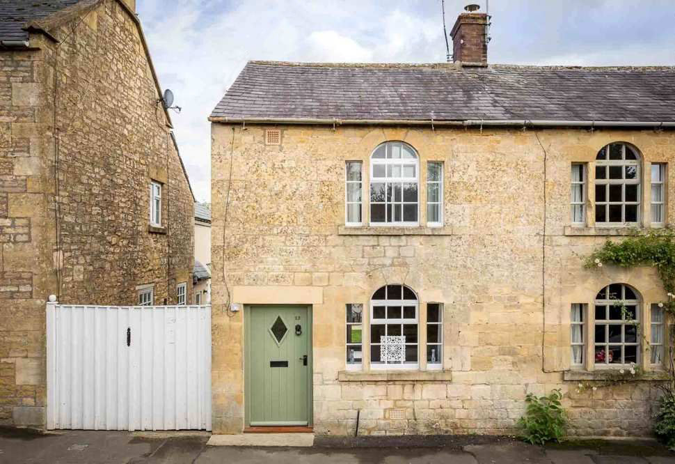 Awe Inspiring Pearl Cottage Self Catering Holiday Cottage In The Cotswolds Interior Design Ideas Gentotryabchikinfo